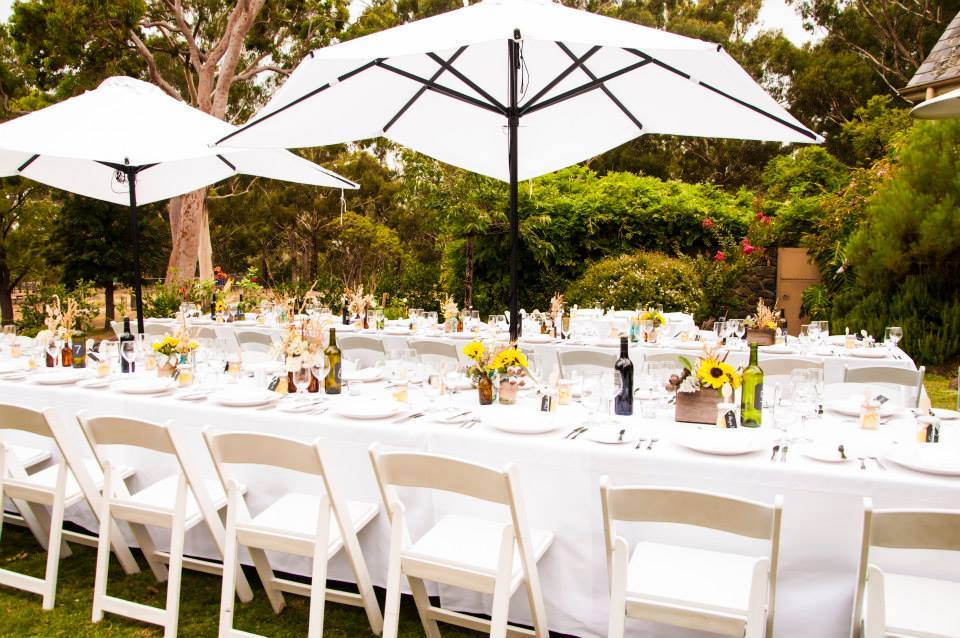 Outdoor weddings receptions wedding venues melbourne for Images of outdoor weddings